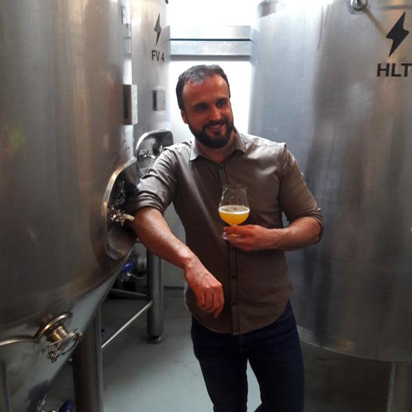 https://www.beersandtrips.com/wp-content/uploads/2018/06/alex_equipo.jpg