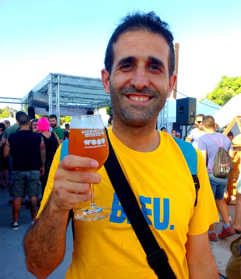 https://www.beersandtrips.com/wp-content/uploads/2018/07/aitor-beers.jpg