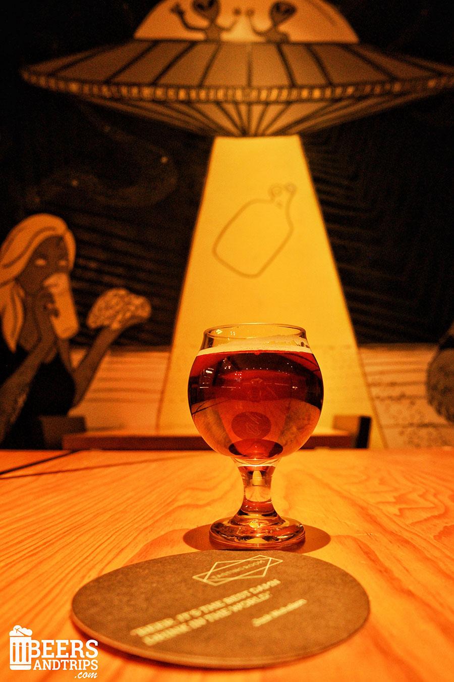 Probando la Munich Dunkel de la Cervecería María Bonita