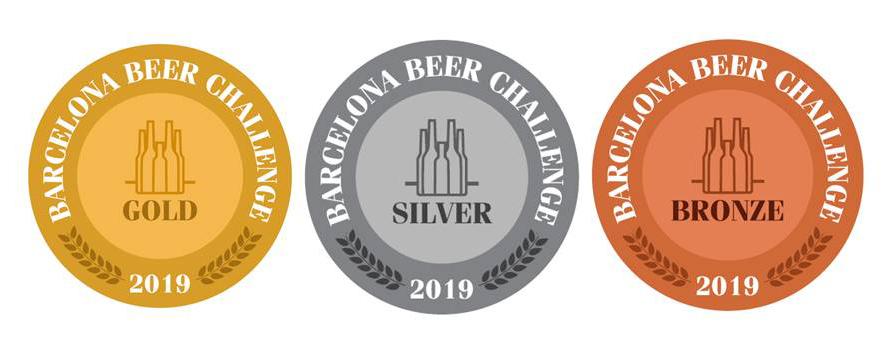 Medallas que premian las mejores cervezas artesanas del Barcelona Beer Challenge