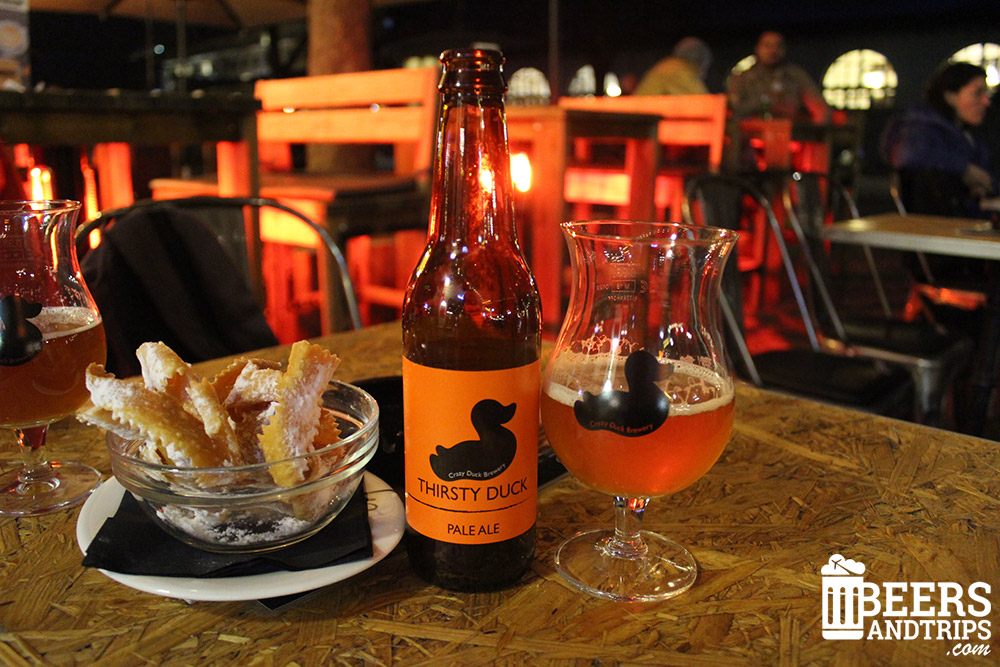 Cerveza Thirsty Duck y un sabroso Flancat para acompañarlo