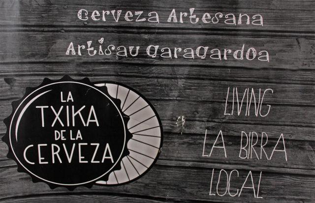 La Txika de la Cerveza y de la bicicleta en Bilbao