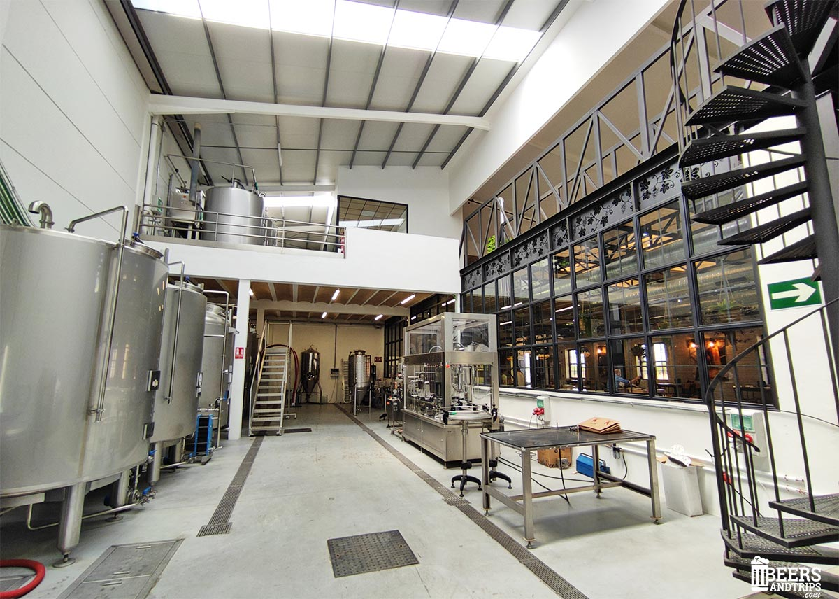 Interior de la fábrica de cervezas Vandalia