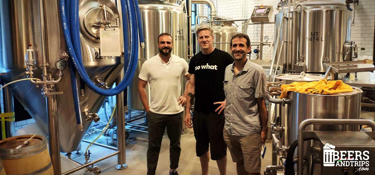 El equipo de BeersAndTrips con Brian de La Textil